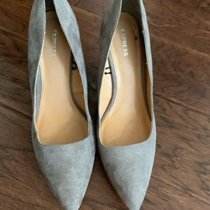 Express Shoes - Express suede heels